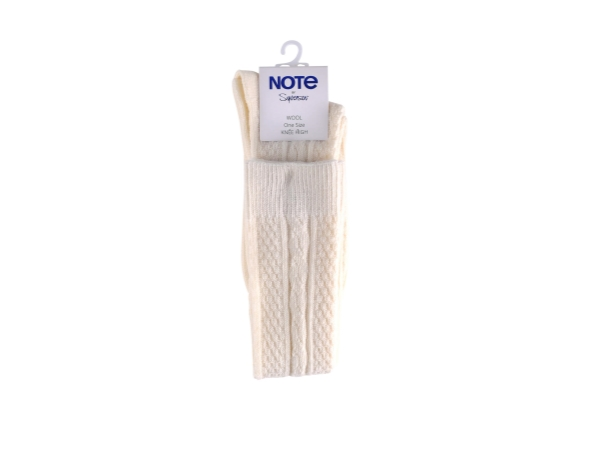 WOOL CABLE KNEE HIGH